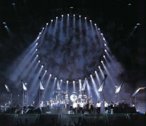 Pink Floyd Busts Out The Visi-Sonor . . . Again!